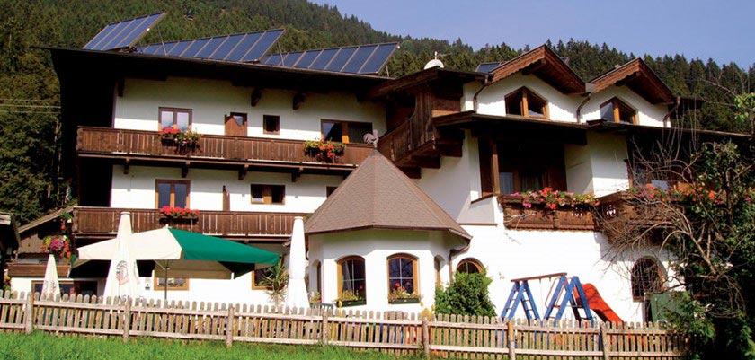 Hotel Alpina Shwendau, Mayrhofen, Austria - exterior in summer.jpg